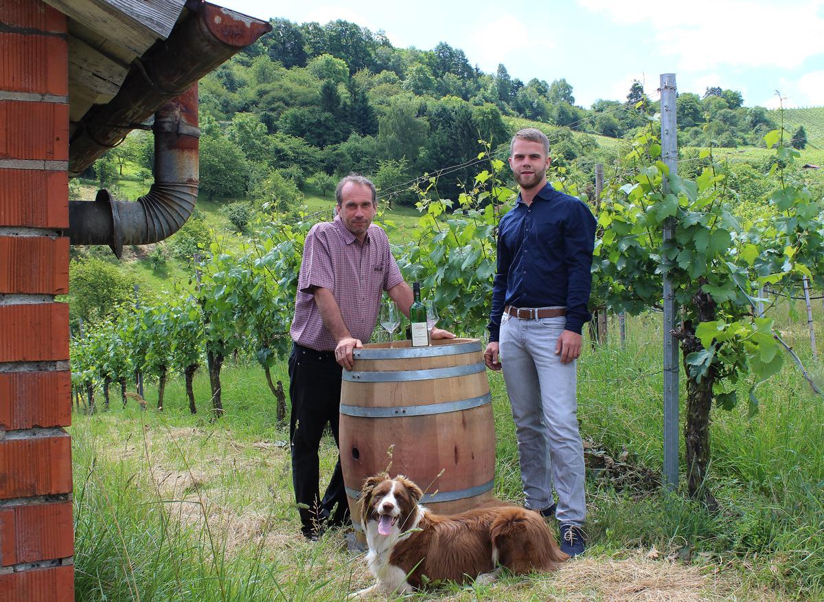 Markus und Andreas Dobler mit Hund Benno